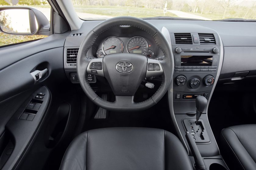 2011 Toyota Corolla 12