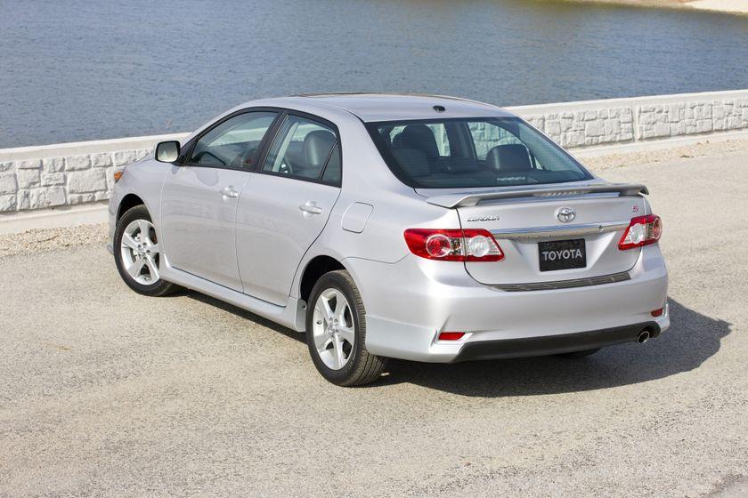 2011 Toyota Corolla 09