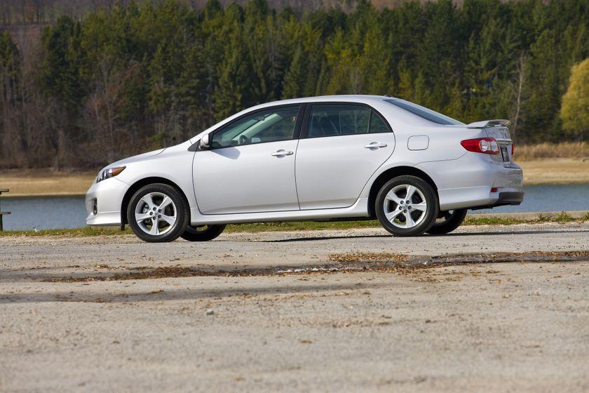 2011 Toyota Corolla 06