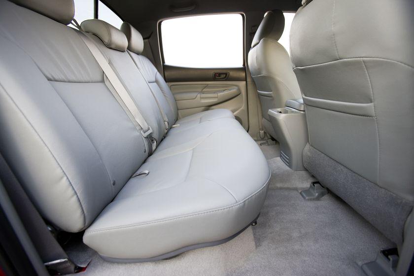 2011 Toyota Tacoma SR5 29
