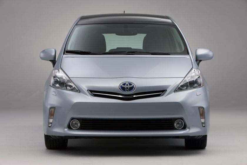 2012 Toyota Prius V 16
