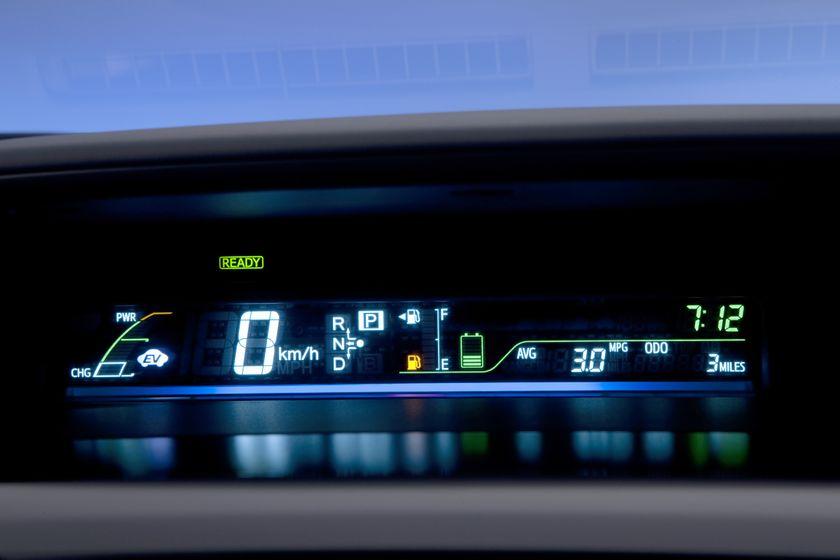 2012 Toyota Prius V 43
