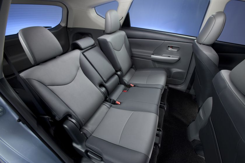 2012 Toyota Prius V 48