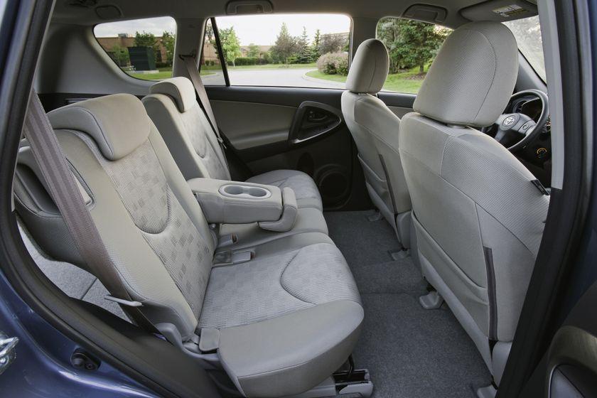 2011 Toyota RAV4 74