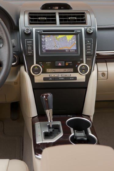 2012 Camry Hybrid 15