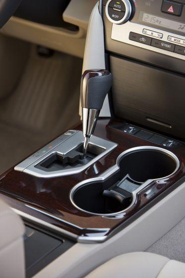 2012 Camry Hybrid 16