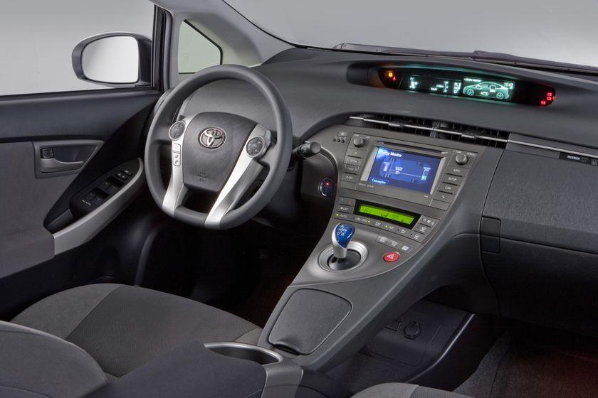 2012 Toyota Prius 13