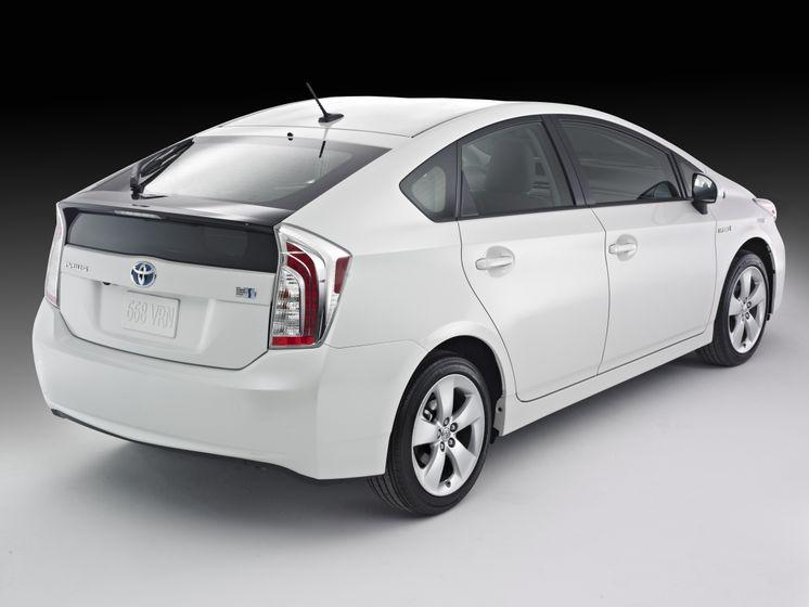 2012 Toyota Prius 03