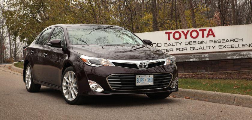 Toyota Avalon 8982