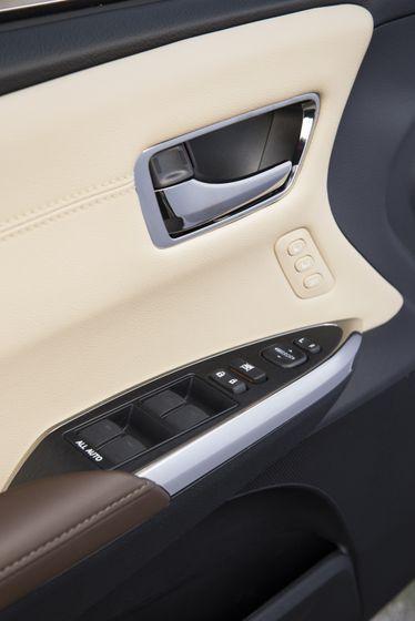 2013 Toyota Avalon-63