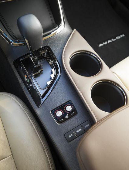 2013 Toyota Avalon-60