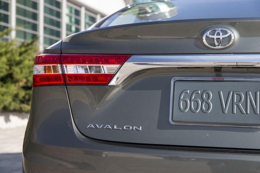 2013 Toyota Avalon-54
