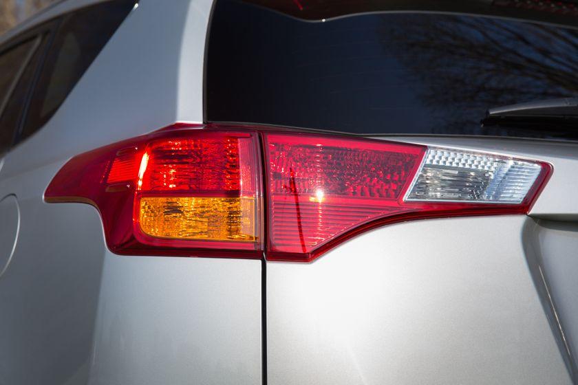 2013 Toyota RAV4-32