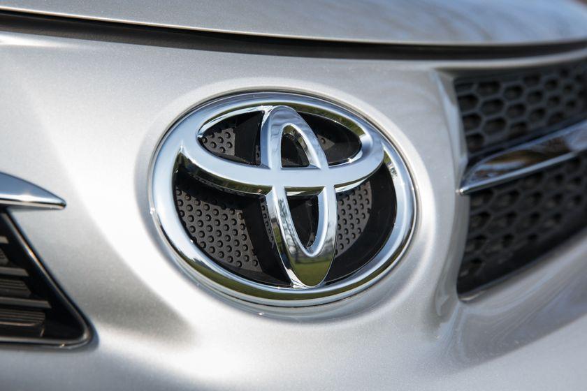 2013 Toyota RAV4-16