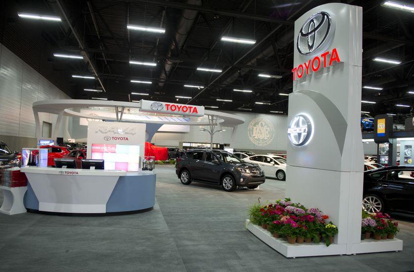 Toyota Tundra-010