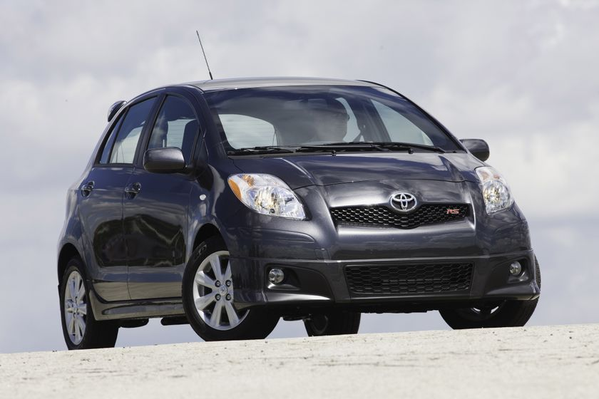 2010 Toyota Yaris HB 12
