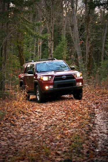 2010 Toyota 4Runner Trail 28