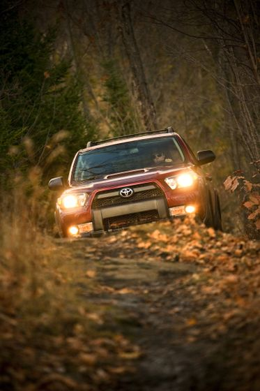 2010 Toyota 4Runner Trail 16