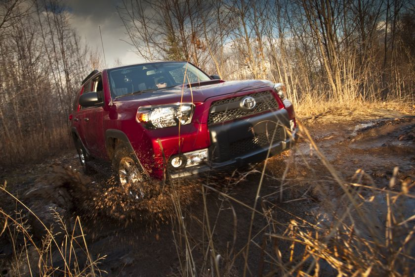 2010 Toyota 4Runner Trail 19