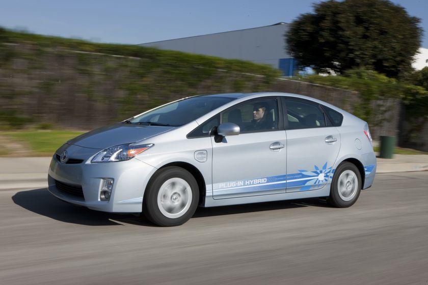 2010 Toyota Prius PHEV 07