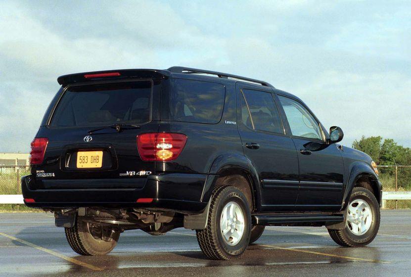 Toyota Sequoia 2003 (2)