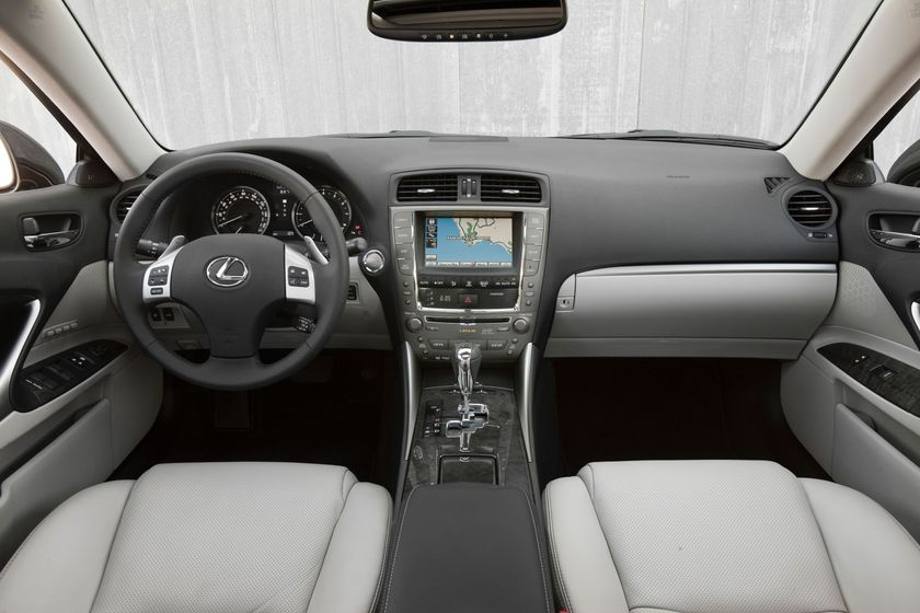 2011 Lexus IS 350 013