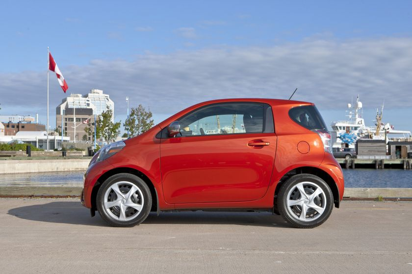 2012 Scion iQ 066
