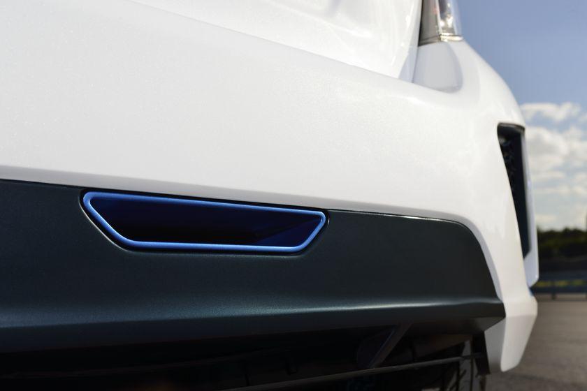 2013 Yaris Hybrid-R DET 11