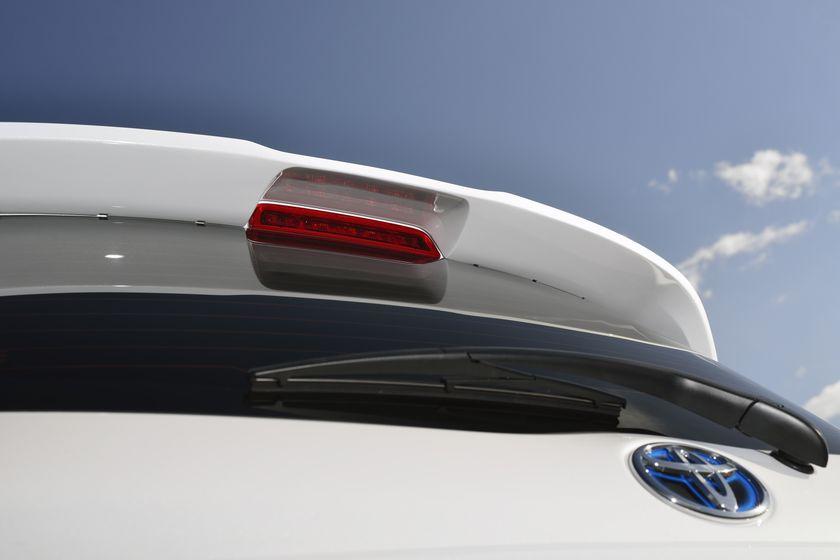 2013 Yaris Hybrid-R DET 10
