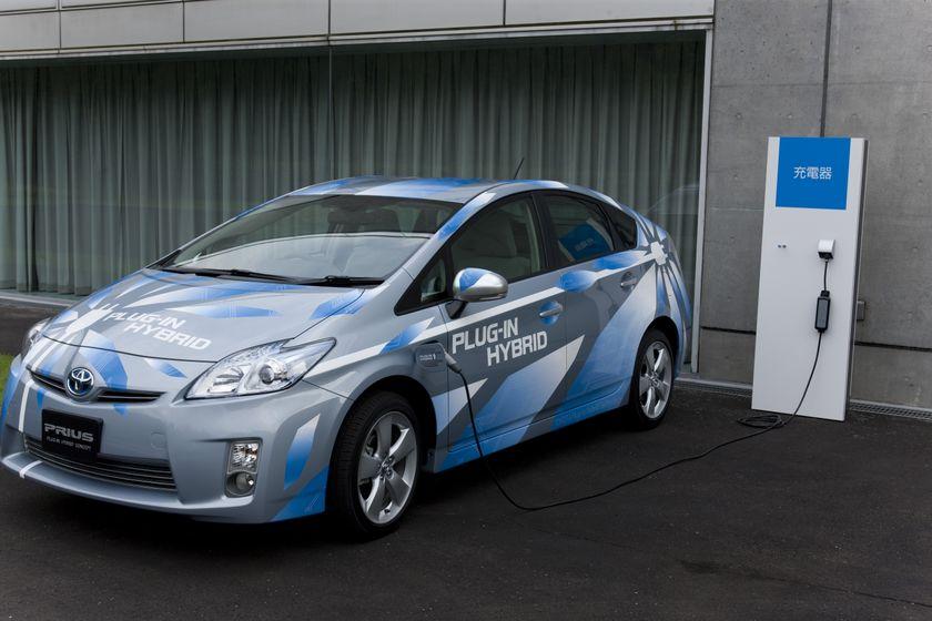 Prius Plug-in Hybrid Concept 025