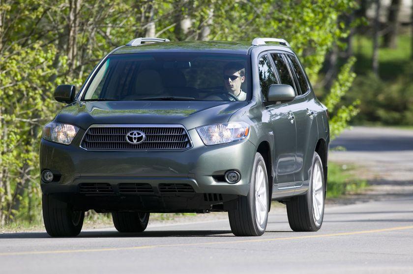 2010 Toyota Highlander Hybrid 02