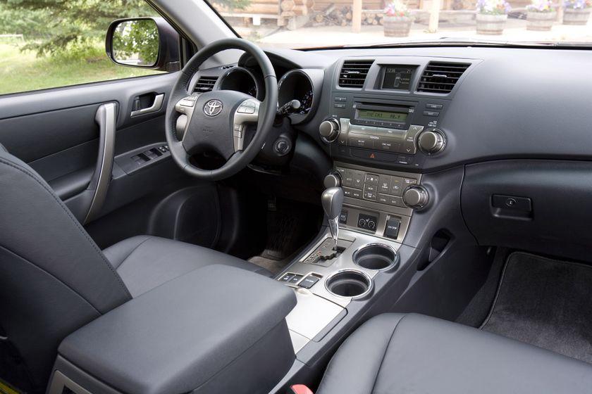2010 Toyota Highlander 21