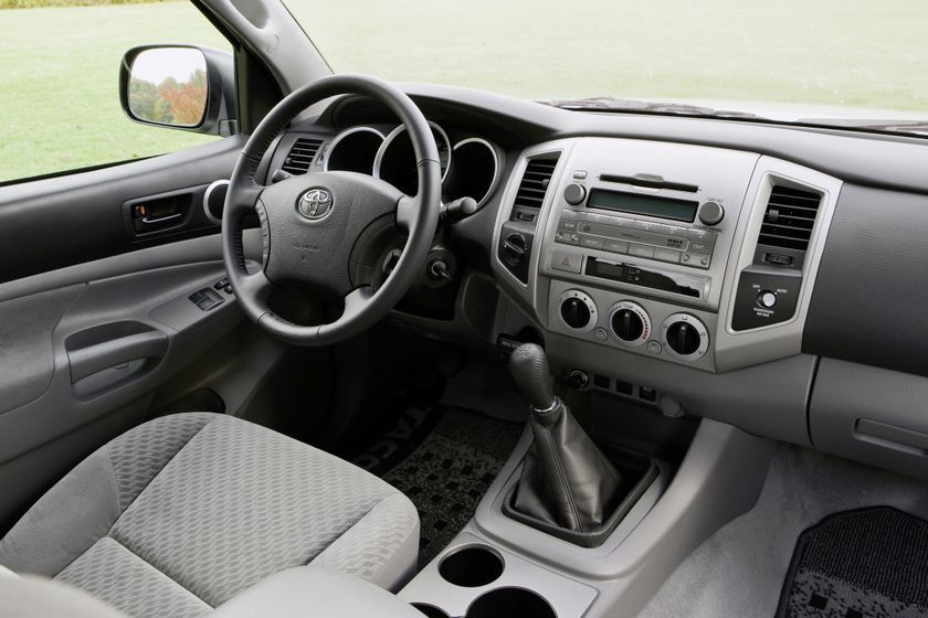 2011 Toyota Tacoma SR5 22