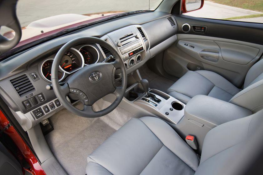 2011 Toyota Tacoma SR5 23