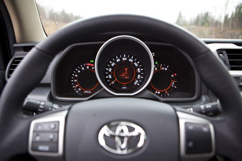 2011 Toyota 4Runner 045