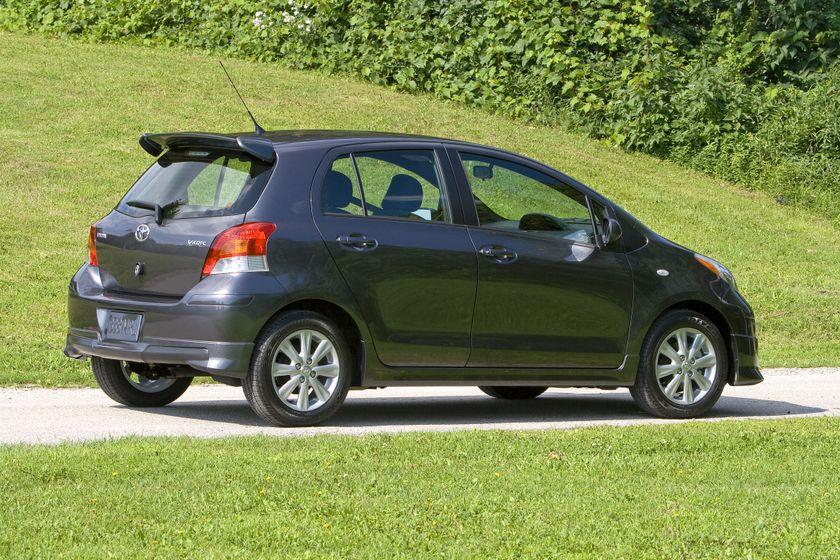 2011 Toyota Yaris Hatchback 47