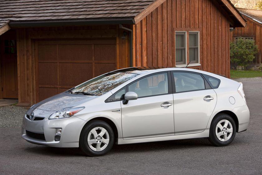 2011 Toyota Prius 01