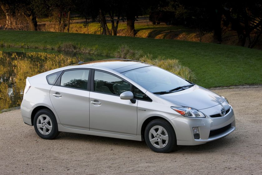2011 Toyota Prius 02