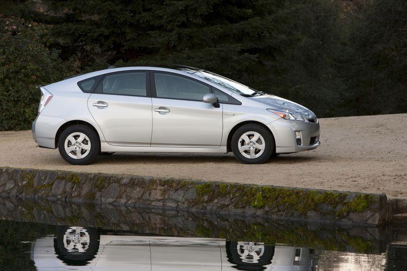 2011 Toyota Prius 12