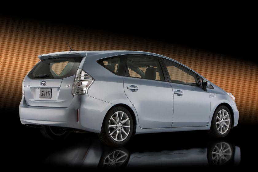 2012 Toyota Prius V 07