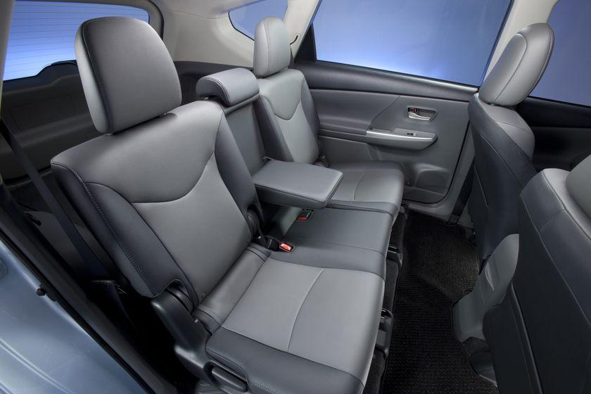2012 Toyota Prius V 47