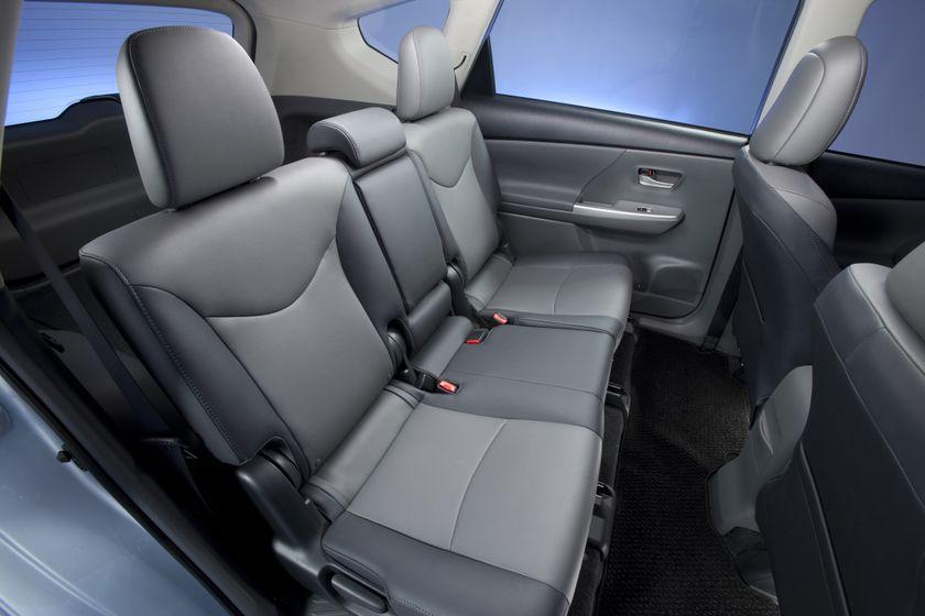 2012 Toyota Prius V 46
