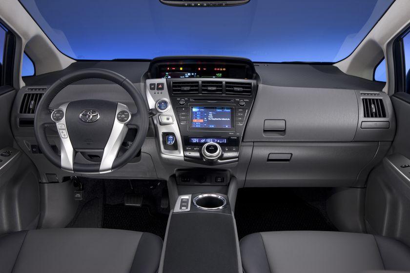 2012 Toyota Prius V 40