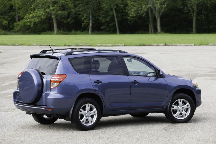 2011 Toyota RAV4 24
