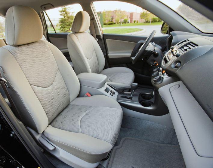 2011 Toyota RAV4 71
