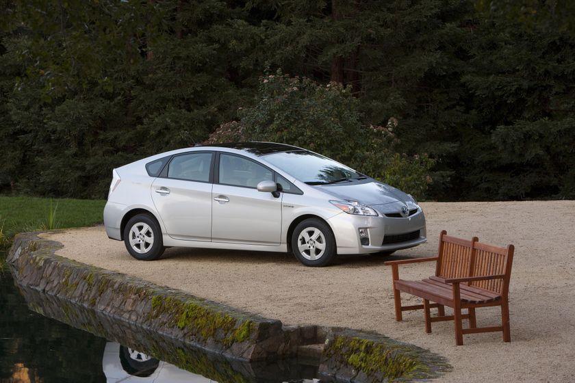 2011 Toyota Prius 32