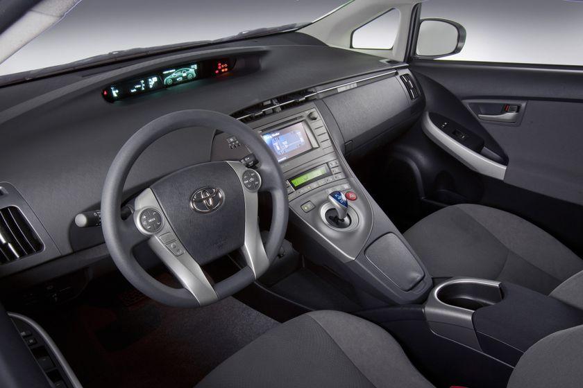 2012 Toyota Prius 11