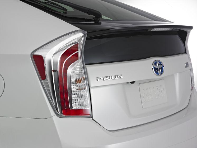 2012 Toyota Prius 09
