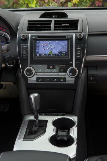 2012 Camry SE 18