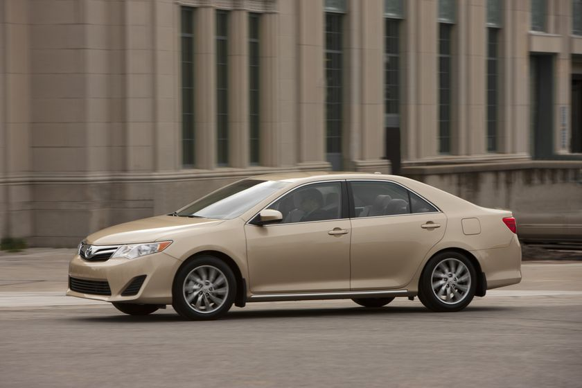 2012 Camry LE 04